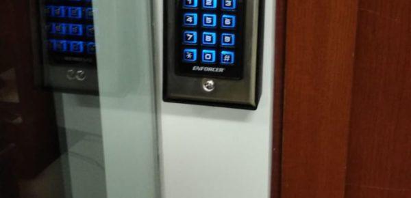 keypad-entry-security-system-installation-offices-ny